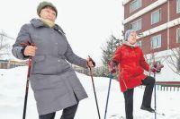 Занятия скандинавской ходьбой– самые популярные упенсионеров.