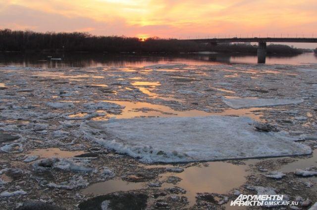 В Оренбуржье увеличивается уровень воды в реках