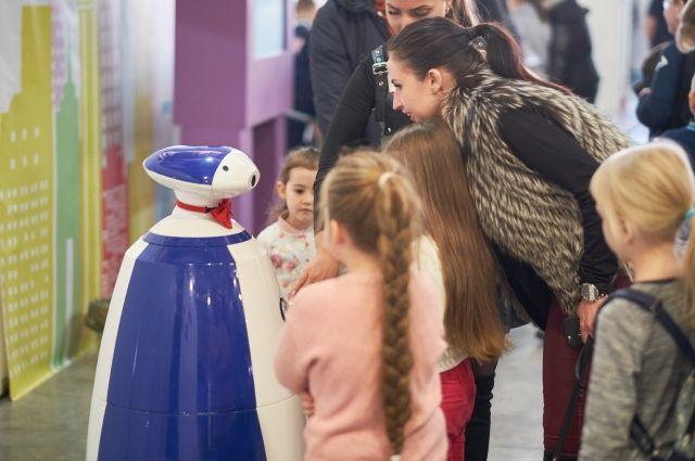 С 6 марта открыла двери своим гостям самая масштабная выставка робототехники и современных технологий «Робополис».
