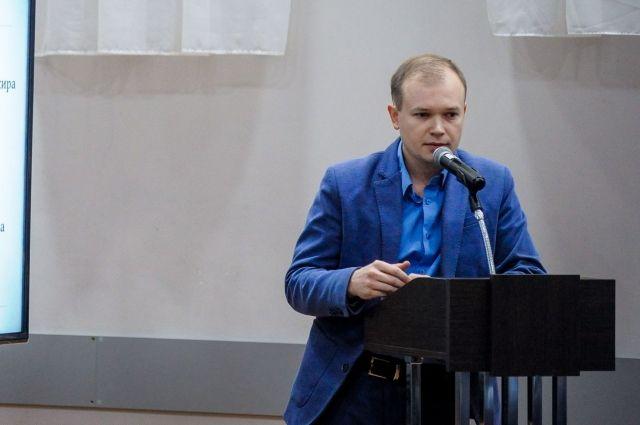 Анатолий Путин участвовал в разработке и обсуждении проекта новой маршрутной сети, которую сейчас обсуждают в городе. Ему же предстоит контролировать её внедрение в 2020 году.