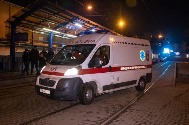 В спортзале на Троещине в Киеве скончался мужчина.