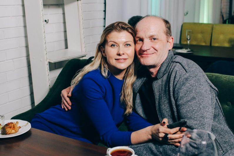 Актёры Юлия Гришина и Геннадий Масленников.