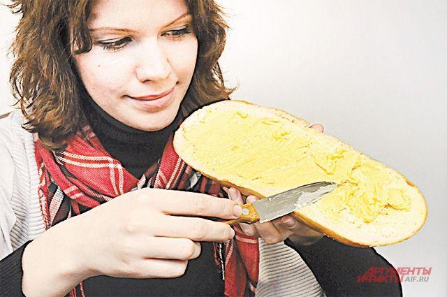 Нежелательных насыщенных жиров в пальмовом масле меньше, чем, например, в сливочном.