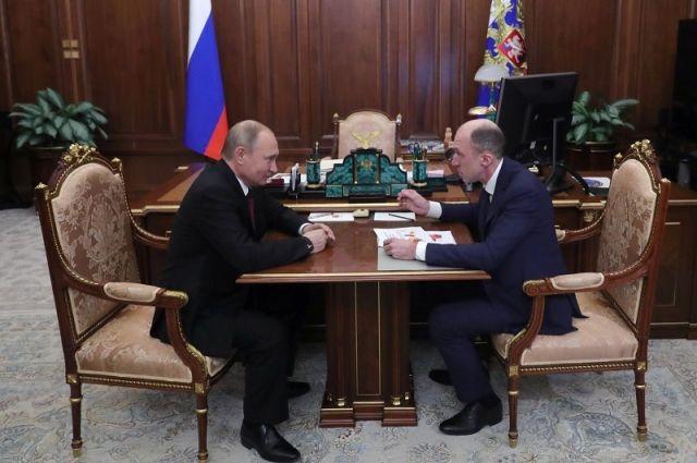Владимир Путин и Олег Хорохордин, врио главы Республики Алтай.