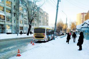 С начала 2019 г. в авариях с участием общественного транспорта в Сыктывкаре пострадали 33 человека.