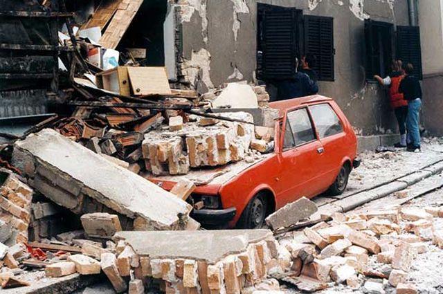 Разрушения в Белграде после бомбардировок авиацией НАТО. 1999 г.
