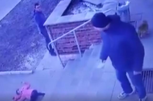 В Ровенской области отец столкнул со ступенек шестилетнюю дочь