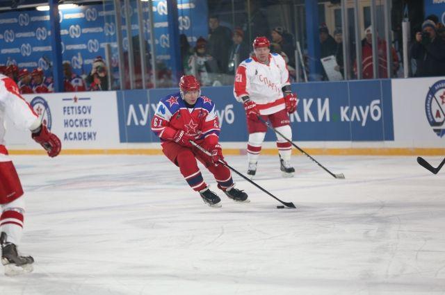 Знаменитые на весь мир хоккеисты сыграют на льду Норильска.