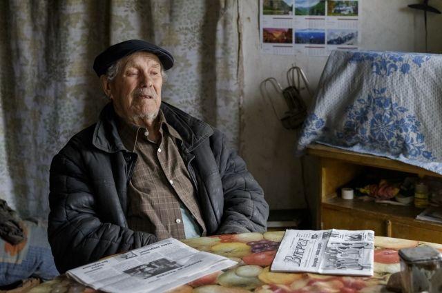 В Усть-Вымском районе жители просят увековечить память своего земляка.