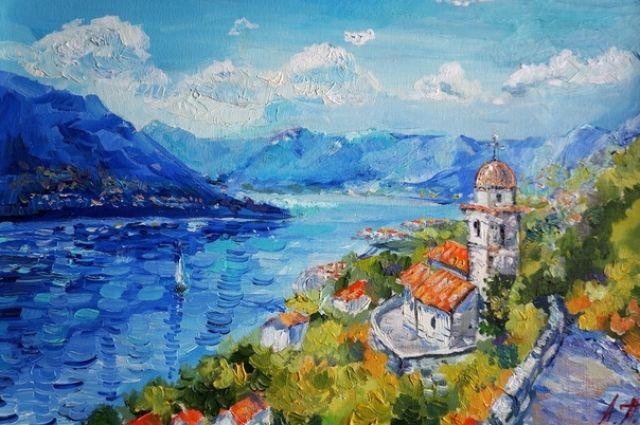 В зале музея можно увидеть более 40 пейзажей, которые погружают зрителя в атмосферу тепла и света солнечного Средиземноморья.