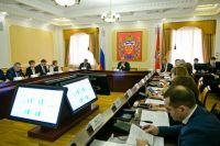 Врио губернатора Оренбургской области Денис Паслер провел заседание правительства.