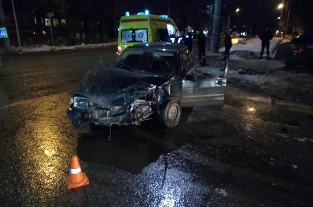 Травмы получила 26-летняя пассажирка Lada Granta