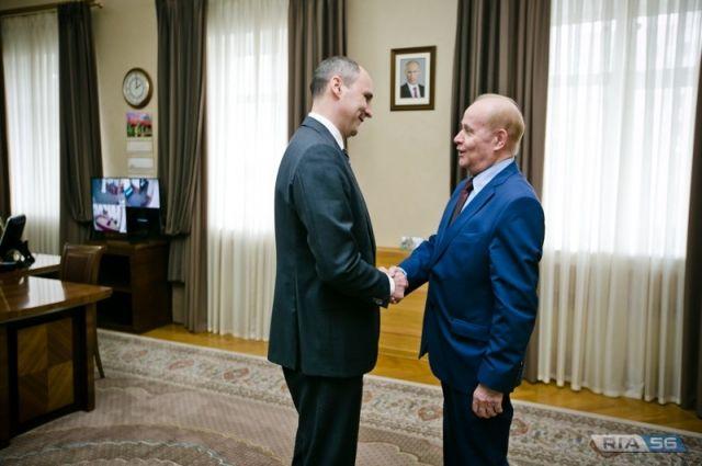 Экс-губернатор Оренбуржья Алексей Чернышев отмечает 80-летие