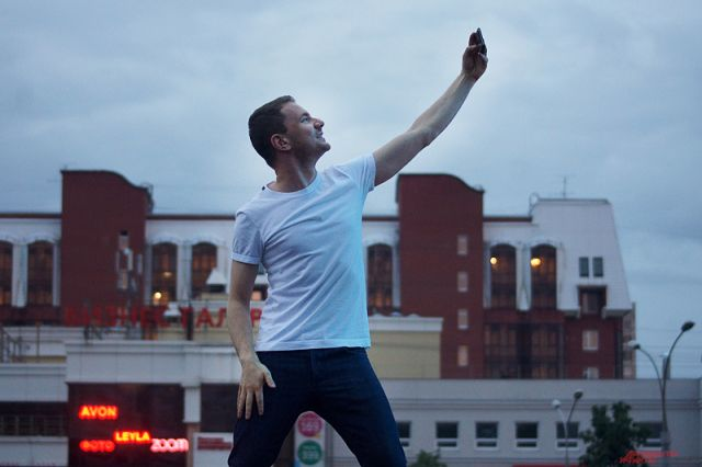 А накануне премьеры клипа DJ Smash выиграл судебный иск на 11 миллионов рублей.