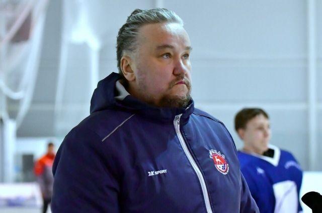 Олег Серняев
