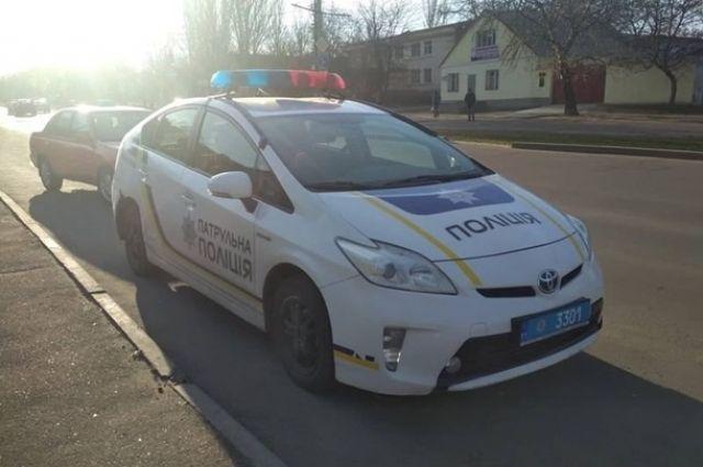 В Николаеве утром 29 марта произошло сразу две аварии с участием автомобилей патрульной полиции Toyota Prius.