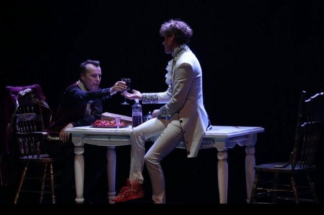 Тюменский театр посетит московский критик