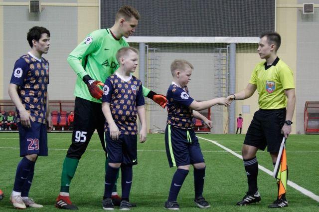 Ребята стали участниками матча молодёжных составов «Енисея» и «Рубина».