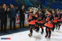 За звание лучших боролись восемь команд юных хоккеистов 2008 года рождения.