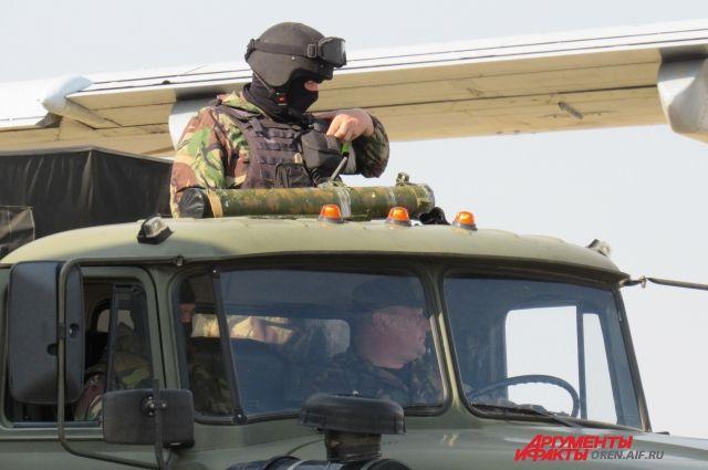 Стрессовые ситуации на поле боя отрабатывали 30 военнослужащих ракетных войск из Свердловской, Кировской и Оренбургской областей.