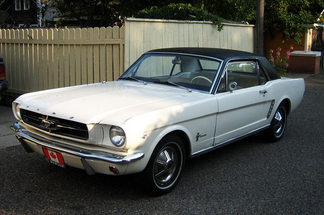 Ford Mustang 1964 года.