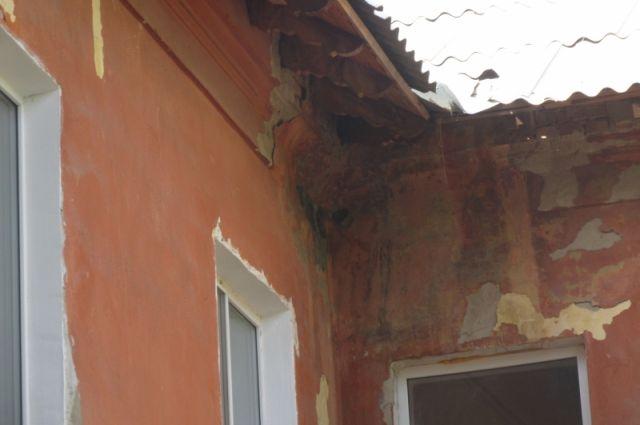 В 2014 году дом, где произошло ЧП, признали аварийным.