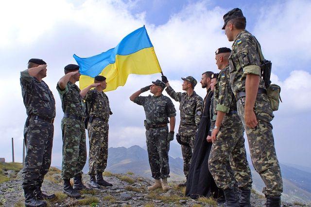 Призыв на срочную военную службу пригодных по состоянию здоровья граждан Украины мужского пола начался в Украине с 1 апреля.