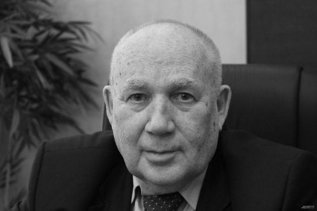 Николай Макаровец скончался на 81 году жизни 31 марта 2019 года.