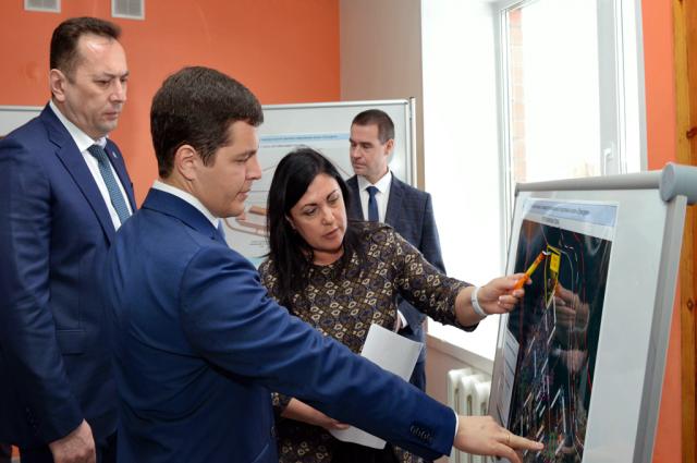 Губернатор Ямала оценил ход строительства спортобъектов в Лабытнанги