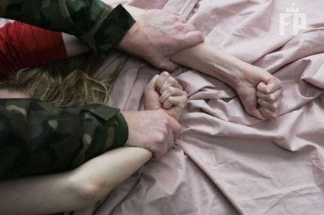 Мать не верила дочери: подробности дела об изнасиловании девочки отчимом