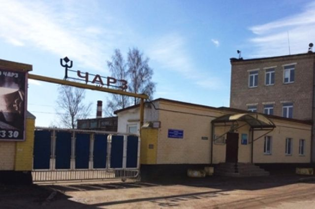 Приставы арестовали имущество Черняховского авторемонтного завода