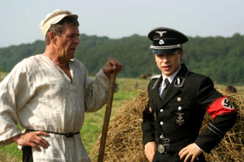 С Павлом Деревянко в фильме «Гитлер капут!», 2008 г.