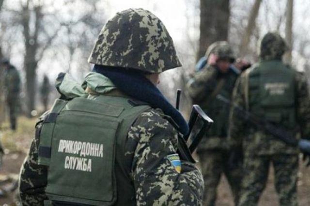 Украинец пытался ввезти из Польши краденные багажник и дверь авто