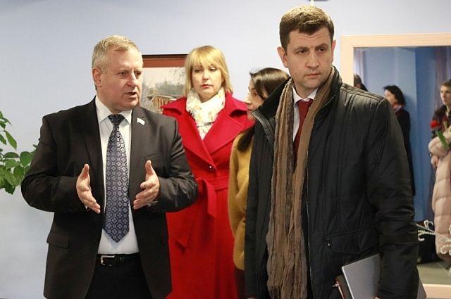 Подготовку общественного центра к открытию проверил городской голова Дмитрий Разумовский.