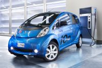 Украинцы стали покупать больше электромобилей