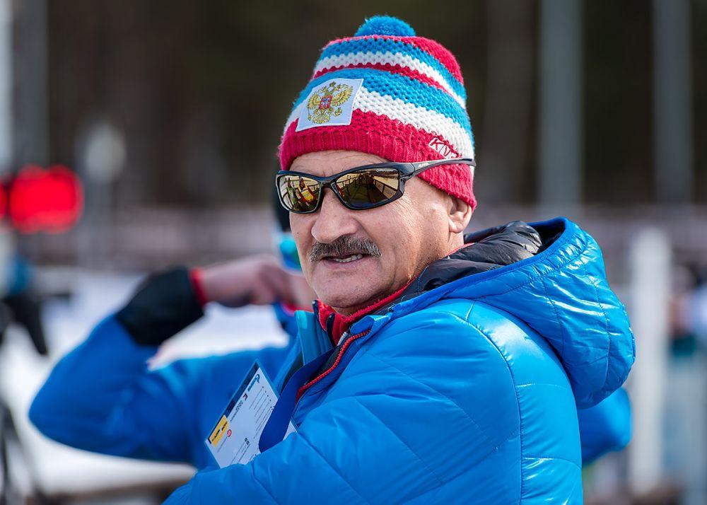 Тренер Анатолий Хованцев