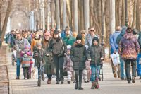 Каждое воскресенье с 10.30 до 11.30 все желающие спешат на коллективную зарядку – на площадке у главного входа в парк «Фили».