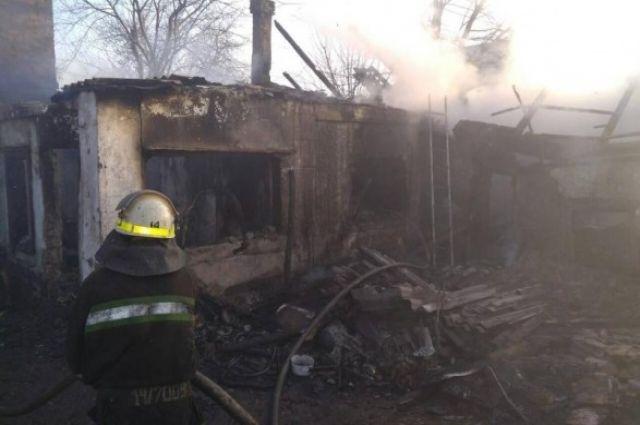 Огонь вспыхнул за минуту: в Кривом Роге на пожаре погиб отец и двое детей