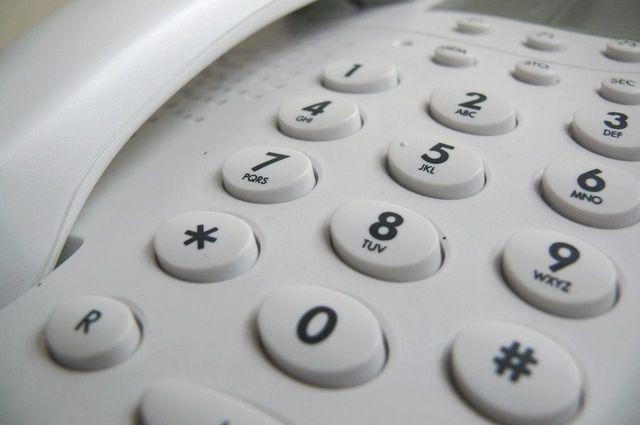 Более 100 тюменцев позвонили в марте на телефон доверия для пожилых