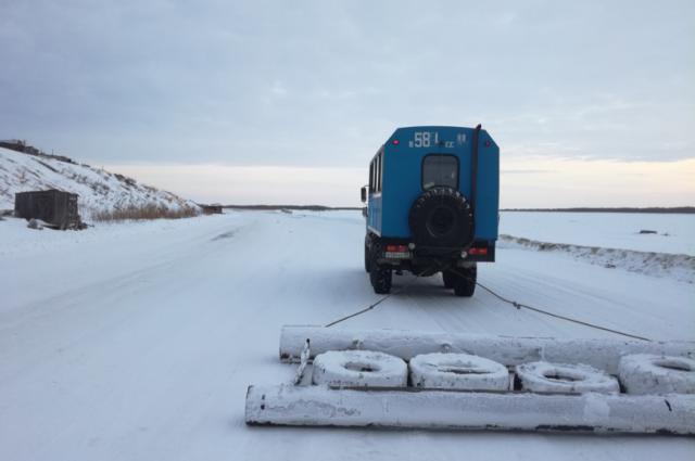 Восстановлено движение по зимнику «Аксарка – Салемал – Панаевск – Яр-Сале»