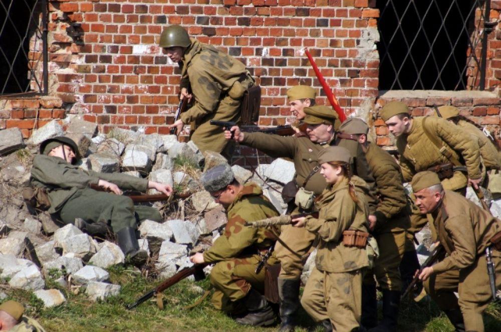 Форт входил в сектор боевых действий 54-го стрелкового корпуса 43-й армии.