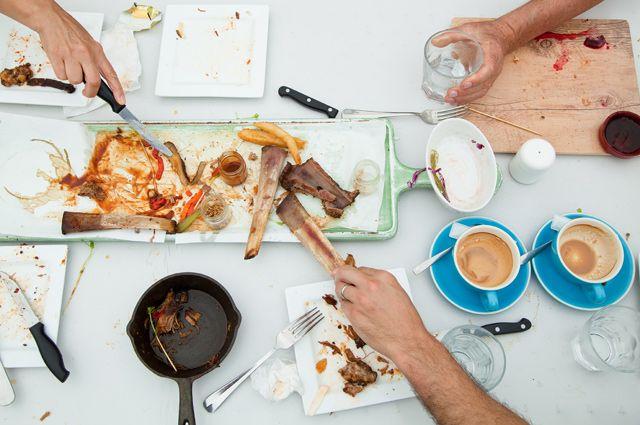 Прожуй сначала. Вредные и полезные привычки до, после и во время еды
