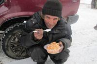 7 апреля волонтёры накормили в общей сложности 42 человека.