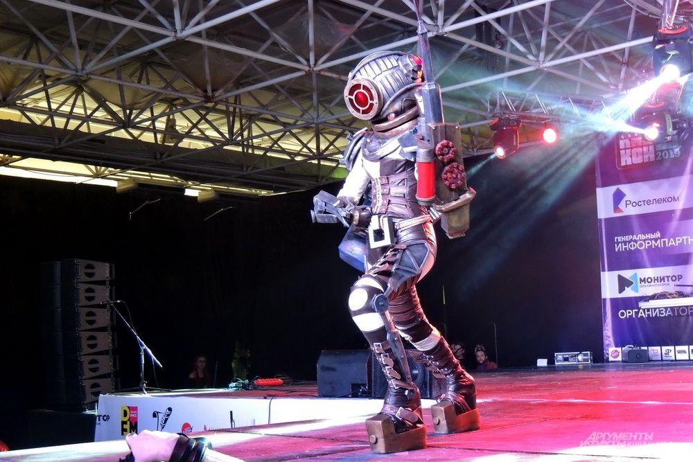 Персонаж компьютерной игры «BioShock 2».