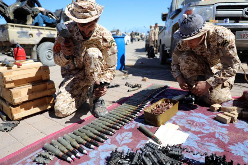 Военные группировки Мисрата неподалеку от Триполи.