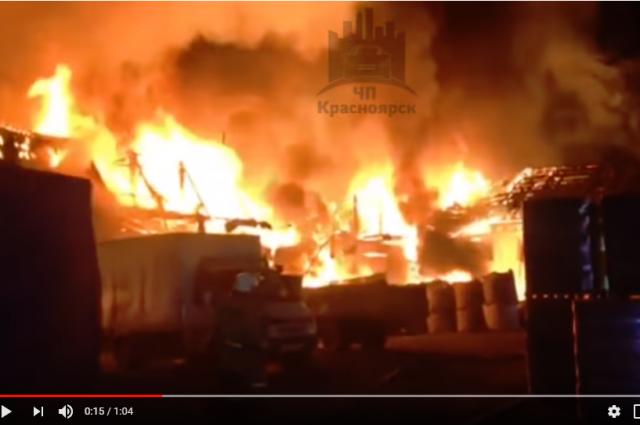 Тушили возгорание 25 человек с помощью 10 единиц техники.