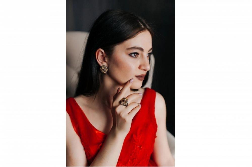 Сейидалиева Александра, 21 год