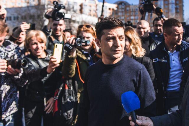 Расследование СМИ: штаб Зеленского курирует смотрящий от Коломойского