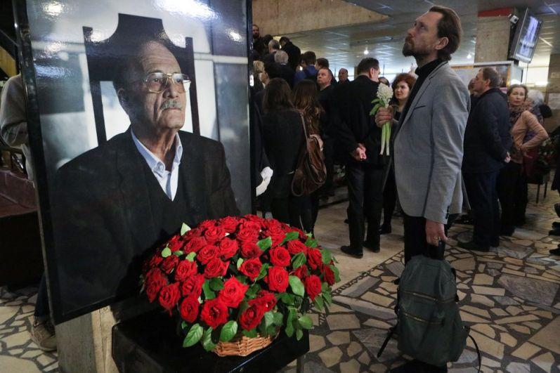 Церемония прощания с режиссером Георгием Данелией в Доме кино.