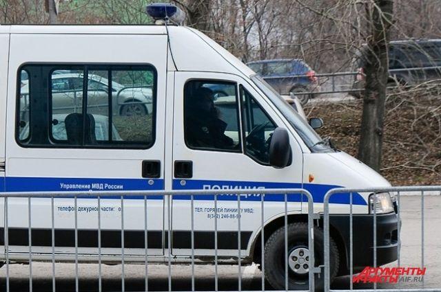 К поискам дошкольника подключилась полиция, личный состав 25 пожарно-спасательной части и спасателей.